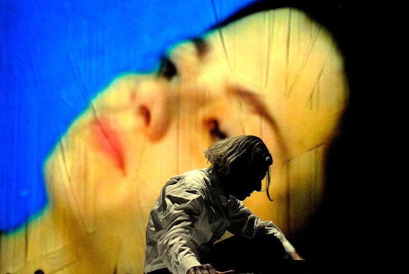 """""""MEDEA"""" - Eine Inszenierung des Theaters PAN.OPTIKUM - Premiere:14.09.`07 Theater Freiburg - Regie: Sigrun Fritsch/Ralf Buron"""