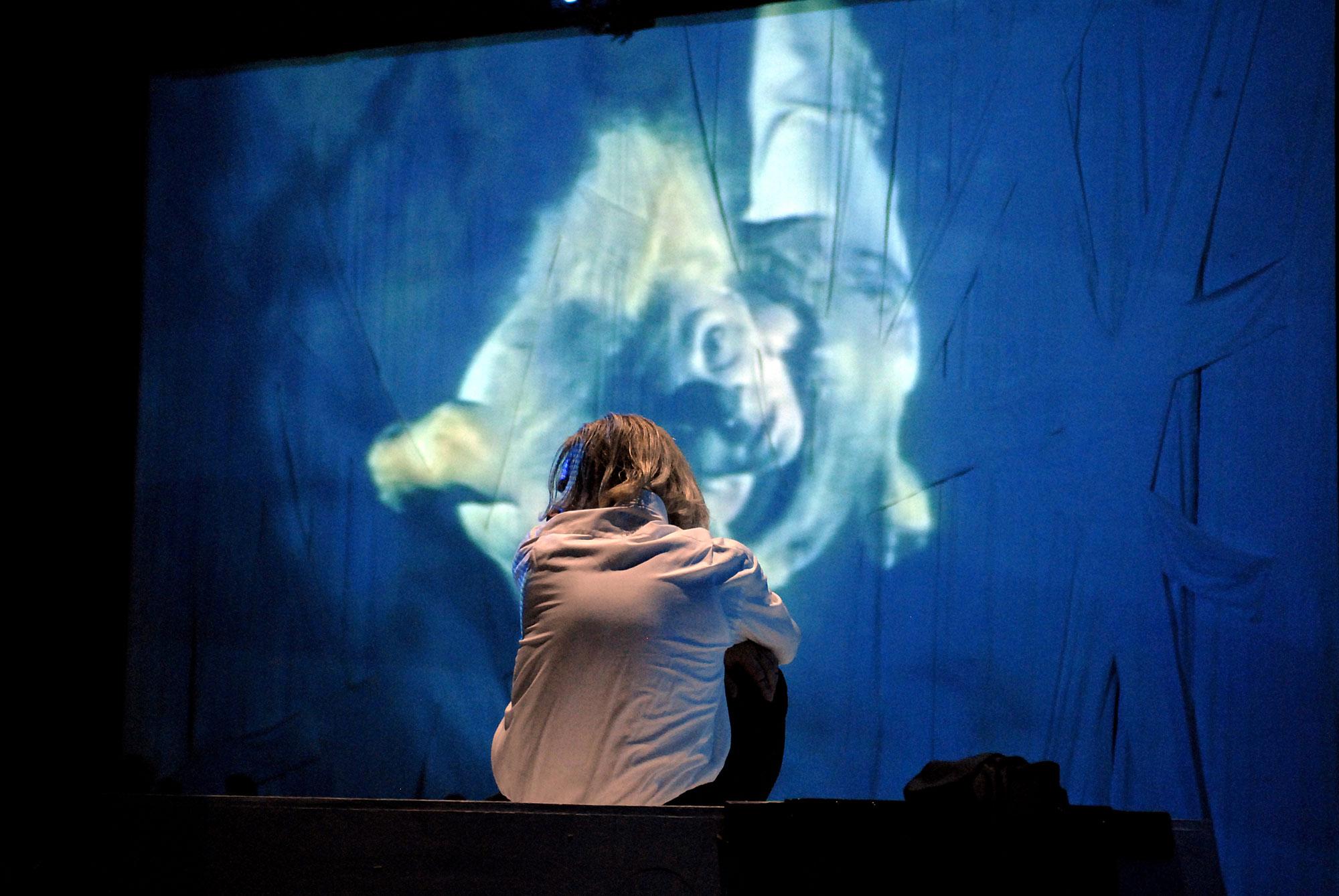 Medea. Stimmen, Christa Wolf, PAN.OPTIKUM, Theater Freiburg, Landesstiftung Baden-Württemberg, Michael Schmitter, Annette Huber
